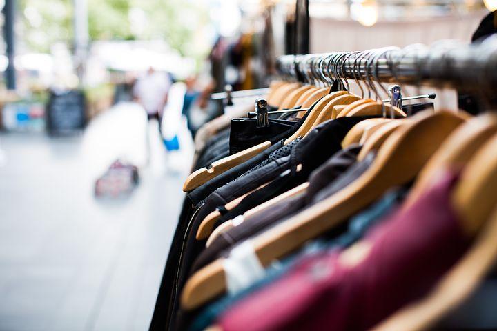 Comment se porte le marché de la vente de vêtements en ligne ?